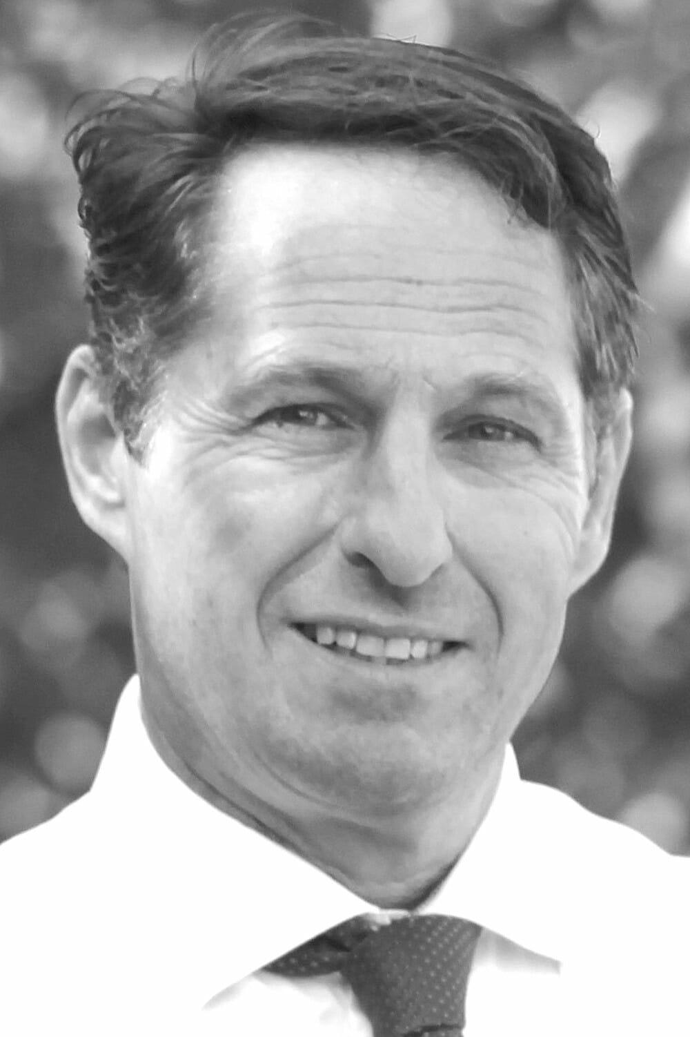 Jörg Aschenbrenner - ehemaliger Polizeibeamter und Referent/Coach zum Thema Sicherheitstraining innerhalb von Familien - ist Dozent bei der Nanny Academy in Tutzing am Starnberger See.
