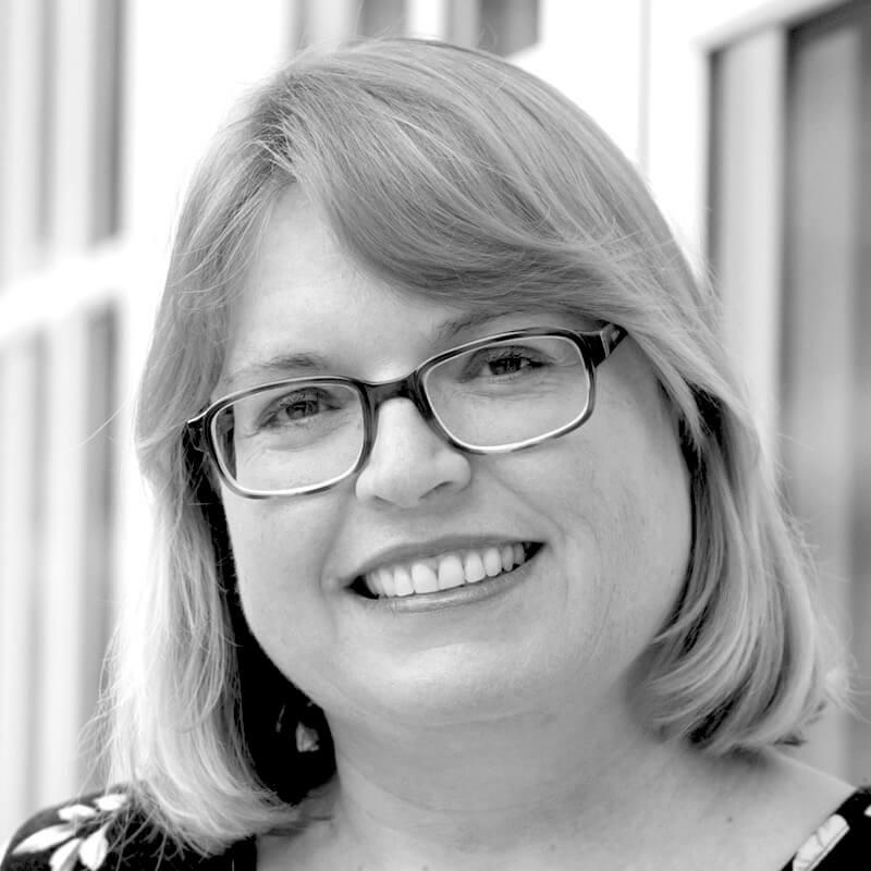 Wiebke Mechau - zertifizierte Post Partum Duola / Maternity Nurse - ist Dozent bei der Nanny Academy in Tutzing am Starnberger See.