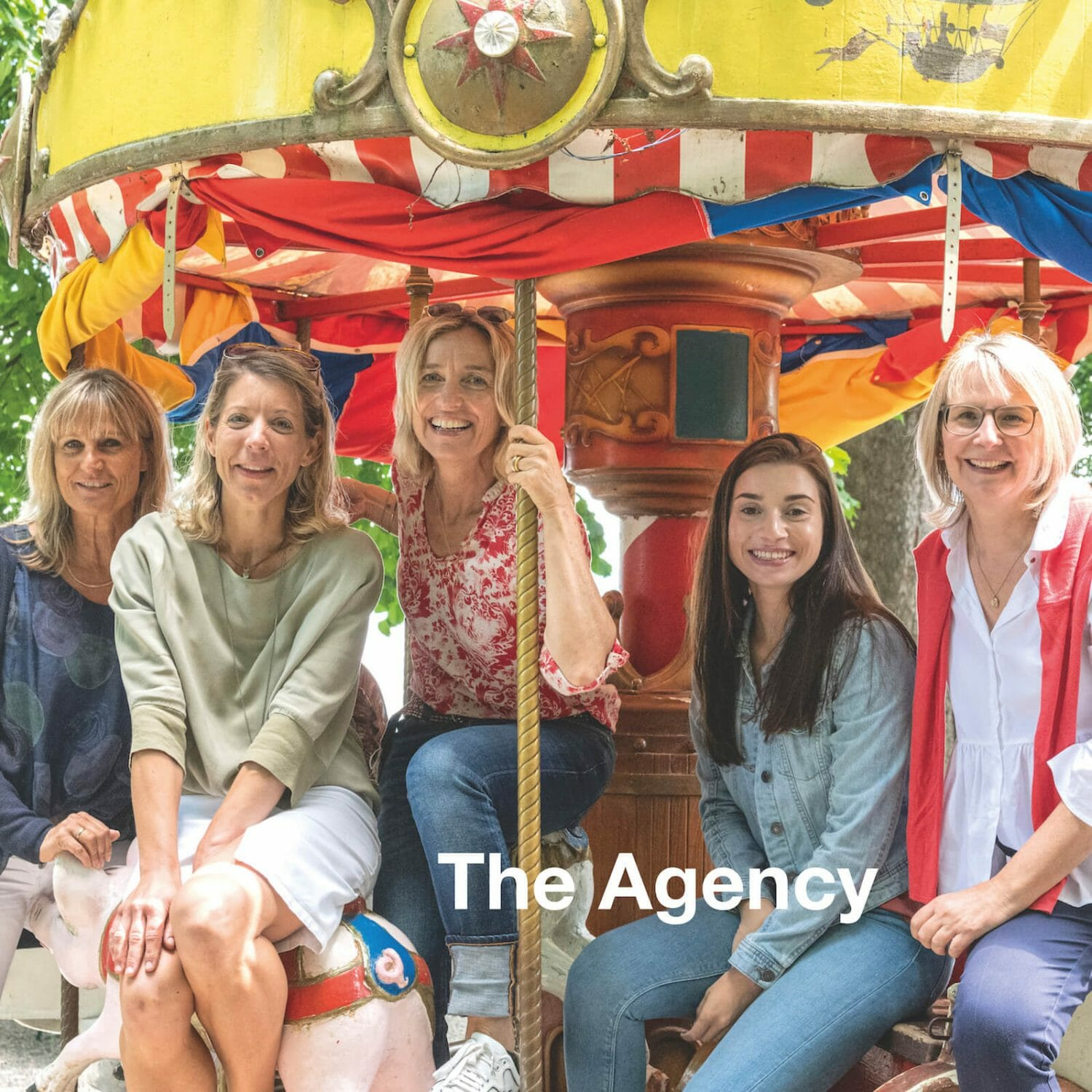 Agency for nanny, household, private and domestic staff placement.t